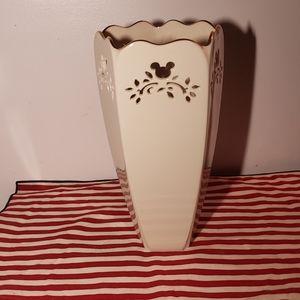 RARE Lenox Walt Disney Gallery Vase